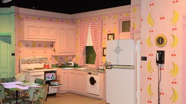 le mus e qu b cois de culture populaire 10 ans l 39 cho. Black Bedroom Furniture Sets. Home Design Ideas