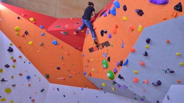 Le centre d escalade int rieur maintenant ouvert l 39 cho for Escalade interieur quebec